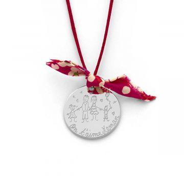 Collier grande médaille dessinée et noeud Liberty