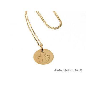 Médaille ange dessiné Or 18 carats,  chaîne Or 18 carats en option