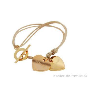 Bracelet 2 coeurs plats proches du fermoir (gravure joaillier)